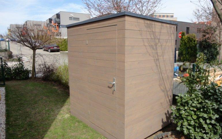Gerätehütte mit Flachdach