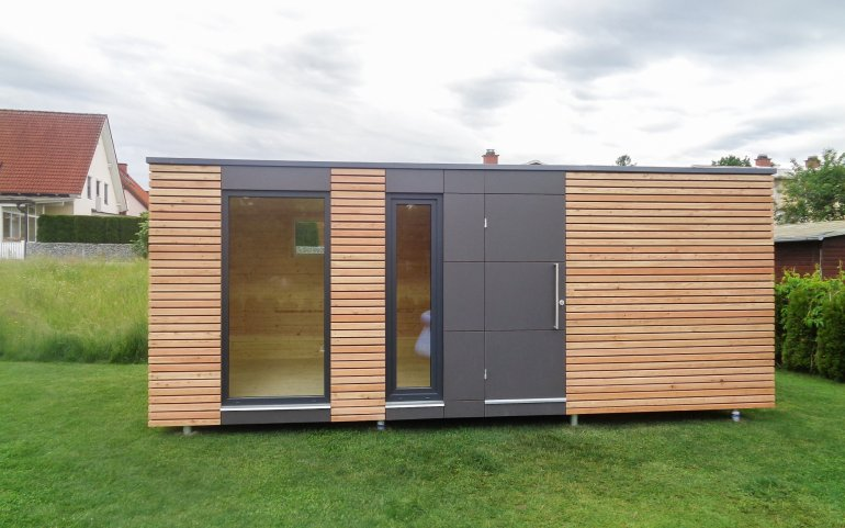 Design Gartenhaus mit Fundermax Platten