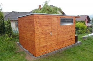 Gartenlager aus Holz