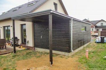Montierte Holzgarage 7 x 3,6 m - Vojkovice