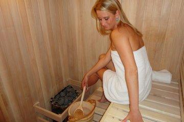 Sauna 4x2m + Gerätehäuschen 2x2m - Pilsen