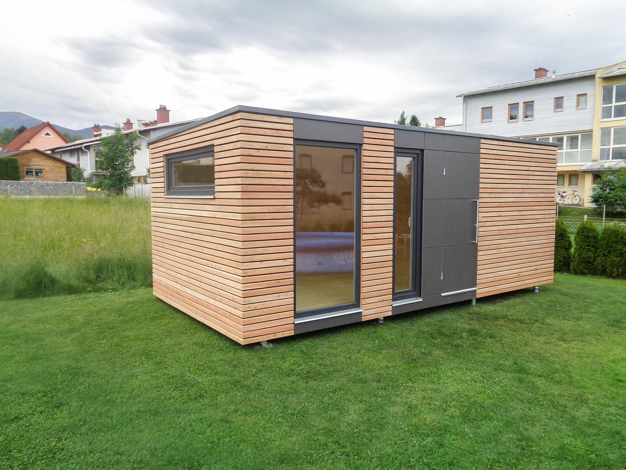Design Gartenhaus mit Fundermax Platten   S12   Weisskirchen